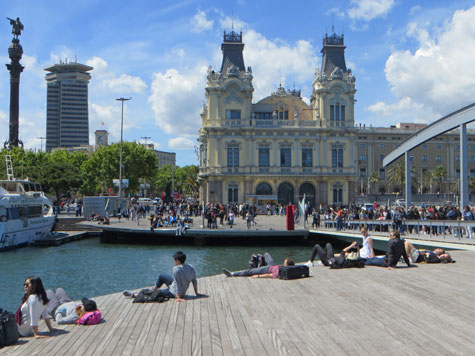 Barcelona Waterfront - Tourist Attractions