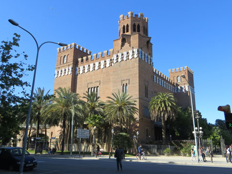 Castle of Three Dragons, Barcelona